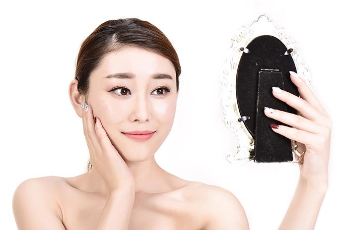 如何自测脸型
